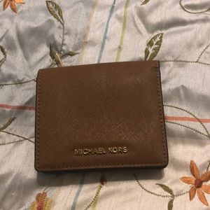 Like new wallet